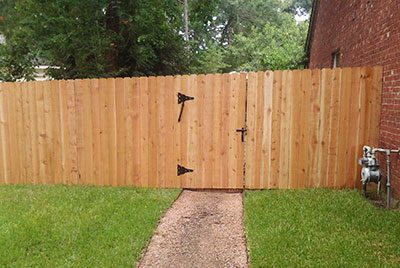 Residential fencing company in Tomball.